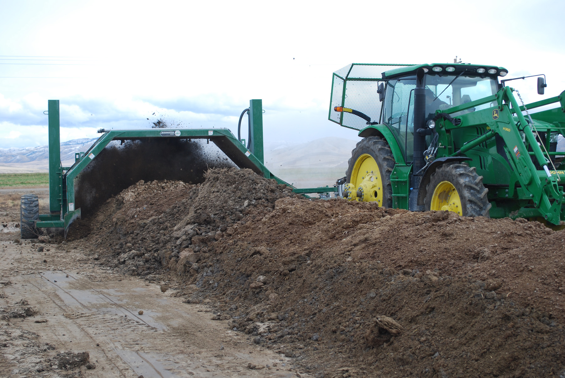 Composting Helps Dairy Farms Cut Costs And Increase Efficiency