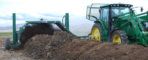 composting dairy manure