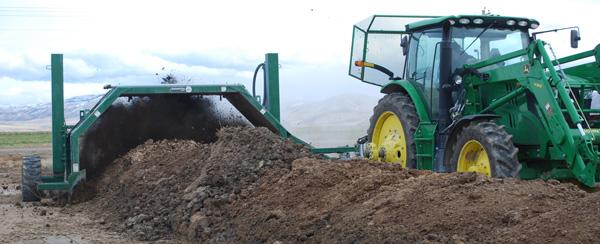 composting dairy manure